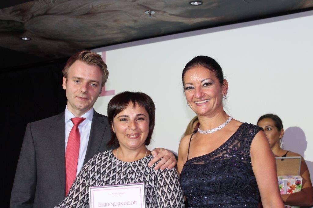 carla valache - prima diploma lider avon germania